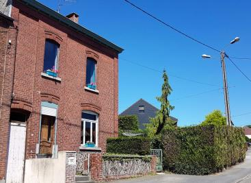 Maison Jeumont &bull; <span class='offer-area-number'>120</span> m² environ &bull; <span class='offer-rooms-number'>8</span> pièces
