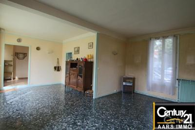 Maison Thiais &bull; <span class='offer-area-number'>132</span> m² environ &bull; <span class='offer-rooms-number'>7</span> pièces