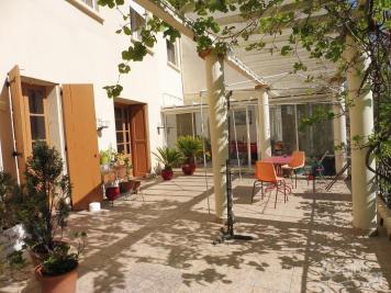 Maison Arles sur Tech &bull; <span class='offer-area-number'>288</span> m² environ &bull; <span class='offer-rooms-number'>12</span> pièces