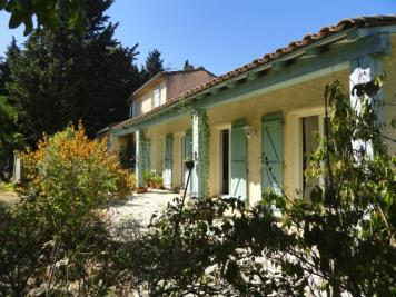 Maison Villemoustaussou &bull; <span class='offer-area-number'>162</span> m² environ &bull; <span class='offer-rooms-number'>5</span> pièces