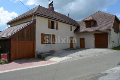 Maison St Laurent en Grandvaux &bull; <span class='offer-rooms-number'>7</span> pièces
