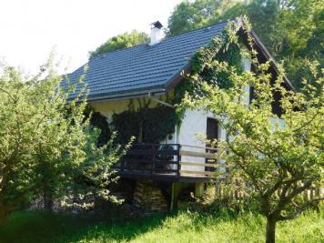 Maison Chateau Bernard &bull; <span class='offer-area-number'>107</span> m² environ
