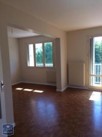 Appartement Lyon 05 &bull; <span class='offer-area-number'>79</span> m² environ &bull; <span class='offer-rooms-number'>4</span> pièces