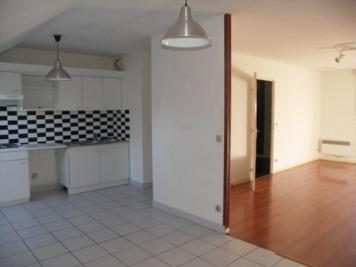 Appartement Cluses &bull; <span class='offer-area-number'>70</span> m² environ &bull; <span class='offer-rooms-number'>3</span> pièces