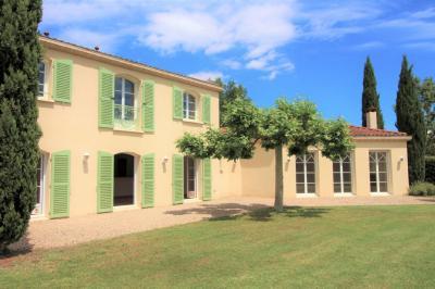Maison Montrond les Bains &bull; <span class='offer-area-number'>222</span> m² environ &bull; <span class='offer-rooms-number'>7</span> pièces