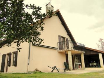 Maison Chalon sur Saone &bull; <span class='offer-area-number'>139</span> m² environ &bull; <span class='offer-rooms-number'>5</span> pièces