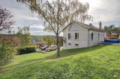 Maison Couzon au Mont d Or &bull; <span class='offer-area-number'>200</span> m² environ &bull; <span class='offer-rooms-number'>8</span> pièces