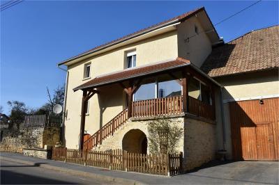 Maison Uzelle &bull; <span class='offer-area-number'>150</span> m² environ &bull; <span class='offer-rooms-number'>5</span> pièces