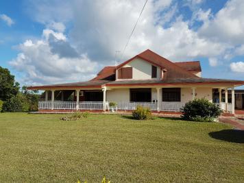 Maison Morne a L Eau &bull; <span class='offer-area-number'>260</span> m² environ &bull; <span class='offer-rooms-number'>8</span> pièces