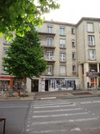 Appartement Laon &bull; <span class='offer-area-number'>74</span> m² environ &bull; <span class='offer-rooms-number'>3</span> pièces