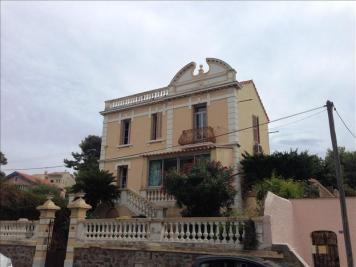 Appartement La Seyne sur Mer &bull; <span class='offer-area-number'>53</span> m² environ &bull; <span class='offer-rooms-number'>2</span> pièces
