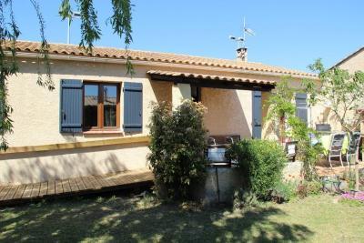 Villa Monteux &bull; <span class='offer-area-number'>91</span> m² environ &bull; <span class='offer-rooms-number'>4</span> pièces