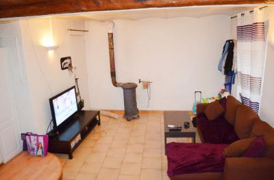 Maison L Escarene &bull; <span class='offer-area-number'>76</span> m² environ &bull; <span class='offer-rooms-number'>4</span> pièces