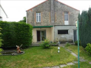Maison Le May sur Evre &bull; <span class='offer-area-number'>100</span> m² environ &bull; <span class='offer-rooms-number'>4</span> pièces
