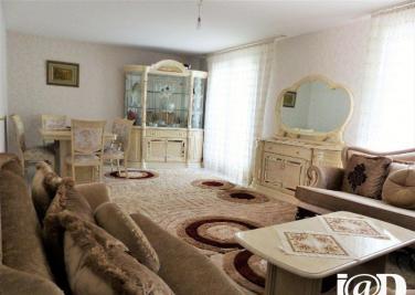 Maison Lieusaint &bull; <span class='offer-area-number'>100</span> m² environ &bull; <span class='offer-rooms-number'>5</span> pièces