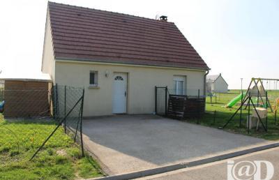 Maison Poix de Picardie &bull; <span class='offer-area-number'>80</span> m² environ &bull; <span class='offer-rooms-number'>4</span> pièces