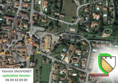 Terrain Morance &bull; <span class='offer-area-number'>420</span> m² environ