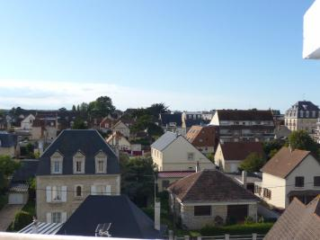 Appartement Ouistreham &bull; <span class='offer-area-number'>30</span> m² environ &bull; <span class='offer-rooms-number'>2</span> pièces