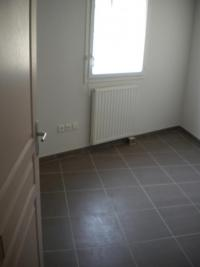 Appartement Sete &bull; <span class='offer-area-number'>63</span> m² environ &bull; <span class='offer-rooms-number'>3</span> pièces
