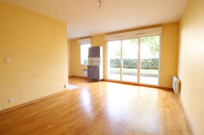 Appartement Nantes &bull; <span class='offer-area-number'>38</span> m² environ &bull; <span class='offer-rooms-number'>2</span> pièces