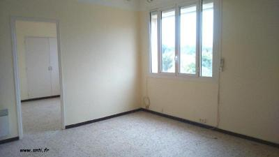 Appartement Port de Bouc &bull; <span class='offer-area-number'>37</span> m² environ &bull; <span class='offer-rooms-number'>2</span> pièces