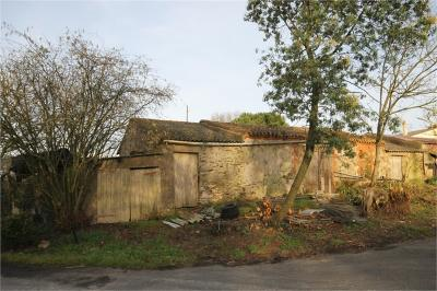 Maison St Philbert de Grand Lieu &bull; <span class='offer-area-number'>84</span> m² environ &bull; <span class='offer-rooms-number'>3</span> pièces