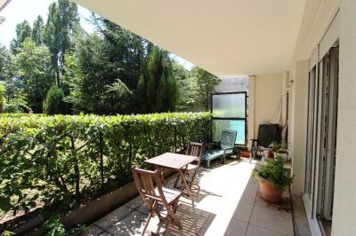 Appartement Lyon 09 &bull; <span class='offer-area-number'>36</span> m² environ &bull; <span class='offer-rooms-number'>2</span> pièces