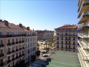 Appartement Toulon &bull; <span class='offer-area-number'>65</span> m² environ &bull; <span class='offer-rooms-number'>3</span> pièces