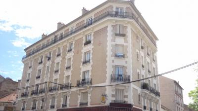 Appartement Villemomble &bull; <span class='offer-area-number'>89</span> m² environ &bull; <span class='offer-rooms-number'>4</span> pièces