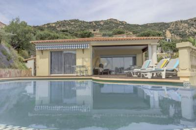 Maison Ajaccio &bull; <span class='offer-area-number'>245</span> m² environ &bull; <span class='offer-rooms-number'>7</span> pièces
