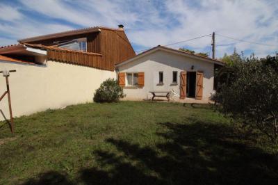 Maison Villenave d Ornon &bull; <span class='offer-area-number'>52</span> m² environ &bull; <span class='offer-rooms-number'>3</span> pièces