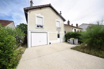Maison Saintry sur Seine &bull; <span class='offer-area-number'>60</span> m² environ &bull; <span class='offer-rooms-number'>3</span> pièces