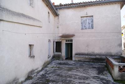 Maison Barjac &bull; <span class='offer-area-number'>107</span> m² environ &bull; <span class='offer-rooms-number'>6</span> pièces
