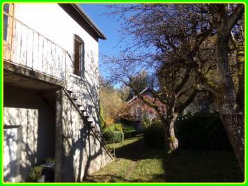 Maison Celles sur Durolle &bull; <span class='offer-area-number'>150</span> m² environ &bull; <span class='offer-rooms-number'>5</span> pièces