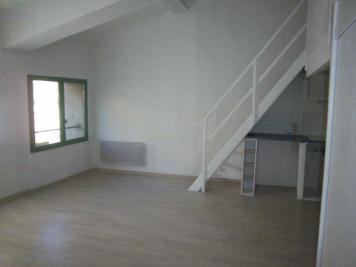 Appartement Cotignac &bull; <span class='offer-area-number'>31</span> m² environ &bull; <span class='offer-rooms-number'>1</span> pièce