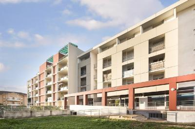 Appartement Nimes &bull; <span class='offer-area-number'>21</span> m² environ &bull; <span class='offer-rooms-number'>1</span> pièce