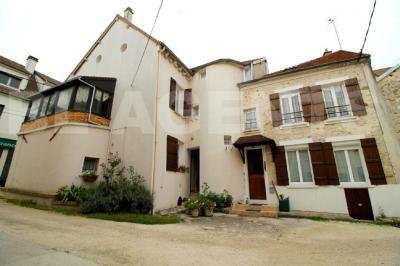 Maison La Ferte Gaucher &bull; <span class='offer-area-number'>148</span> m² environ &bull; <span class='offer-rooms-number'>6</span> pièces