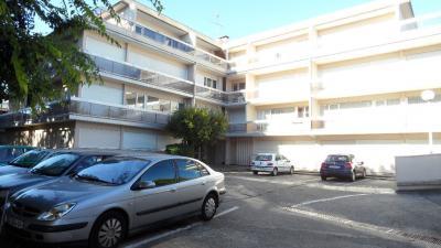 Appartement Merignac &bull; <span class='offer-area-number'>16</span> m² environ &bull; <span class='offer-rooms-number'>1</span> pièce