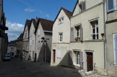 Appartement Chartres &bull; <span class='offer-area-number'>18</span> m² environ &bull; <span class='offer-rooms-number'>1</span> pièce