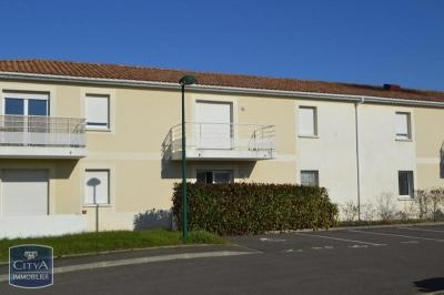 Appartement Lucon &bull; <span class='offer-area-number'>45</span> m² environ &bull; <span class='offer-rooms-number'>2</span> pièces