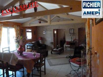 Maison St Michel le Cloucq &bull; <span class='offer-area-number'>138</span> m² environ &bull; <span class='offer-rooms-number'>6</span> pièces