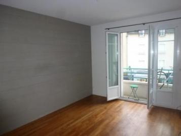 Appartement Rennes &bull; <span class='offer-area-number'>47</span> m² environ &bull; <span class='offer-rooms-number'>2</span> pièces