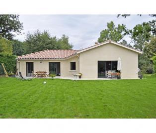 Maison Manduel &bull; <span class='offer-area-number'>85</span> m² environ &bull; <span class='offer-rooms-number'>5</span> pièces
