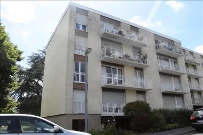 Appartement Chambourcy &bull; <span class='offer-area-number'>85</span> m² environ &bull; <span class='offer-rooms-number'>4</span> pièces