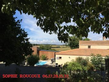 Maison La Reorthe &bull; <span class='offer-area-number'>250</span> m² environ &bull; <span class='offer-rooms-number'>10</span> pièces