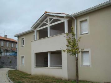 Appartement Tonnay Charente &bull; <span class='offer-area-number'>33</span> m² environ &bull; <span class='offer-rooms-number'>2</span> pièces