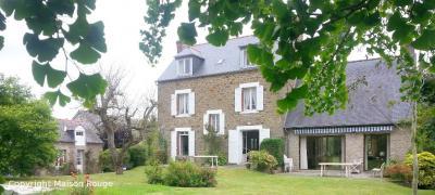 Maison St Lunaire &bull; <span class='offer-area-number'>200</span> m² environ &bull; <span class='offer-rooms-number'>10</span> pièces
