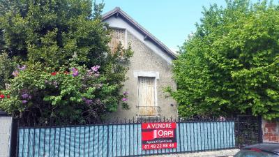 Maison Villetaneuse &bull; <span class='offer-area-number'>38</span> m² environ &bull; <span class='offer-rooms-number'>3</span> pièces