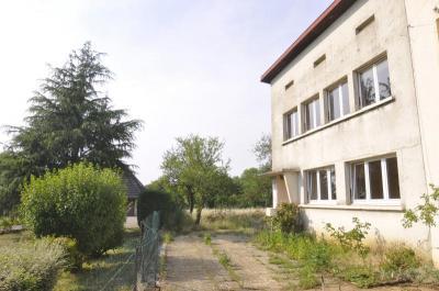 Maison Montois la Montagne &bull; <span class='offer-area-number'>110</span> m² environ &bull; <span class='offer-rooms-number'>5</span> pièces