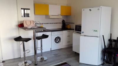 Appartement Montpellier &bull; <span class='offer-area-number'>33</span> m² environ &bull; <span class='offer-rooms-number'>2</span> pièces